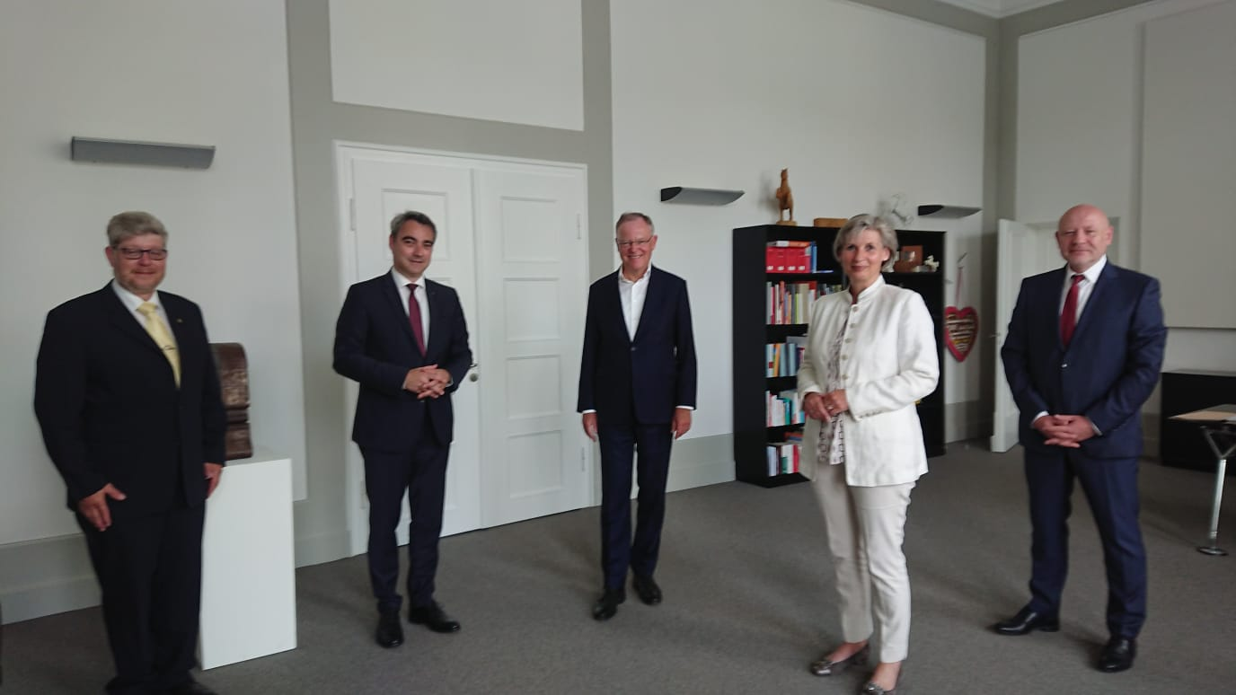 Bundesspitze der Landsmannschaft Schlesien im Gespräch mit Ministerpräsident Stephan Weil
